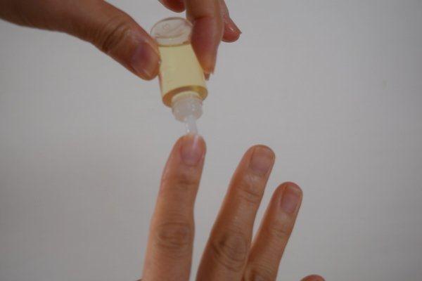 ハンドケアの方法深爪の治し方