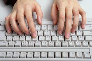 深爪を自分で治す方法 指の使い方